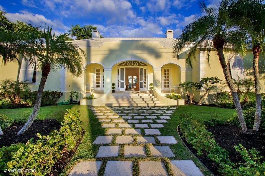 Single Family Home for Sale at 1050 E Railroad Ave Boca Grande, Florida,33921 United States