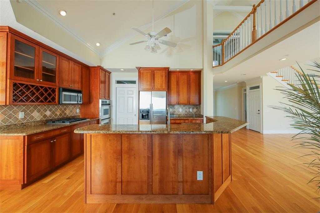 Kitchen - Single Family Home for sale at 7020 Palm Island Dr, Placida, FL 33946 - MLS Number is D5917629