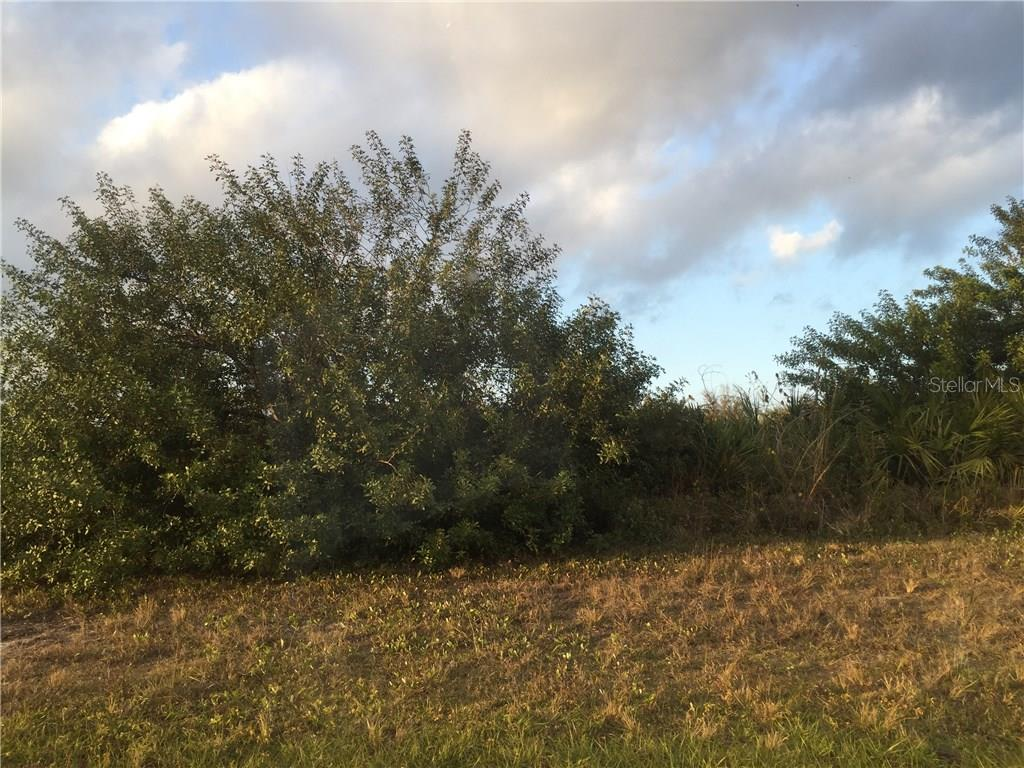 Vacant Land for sale at 184 Ingram Blvd, Rotonda West, FL 33947 - MLS Number is D5918290