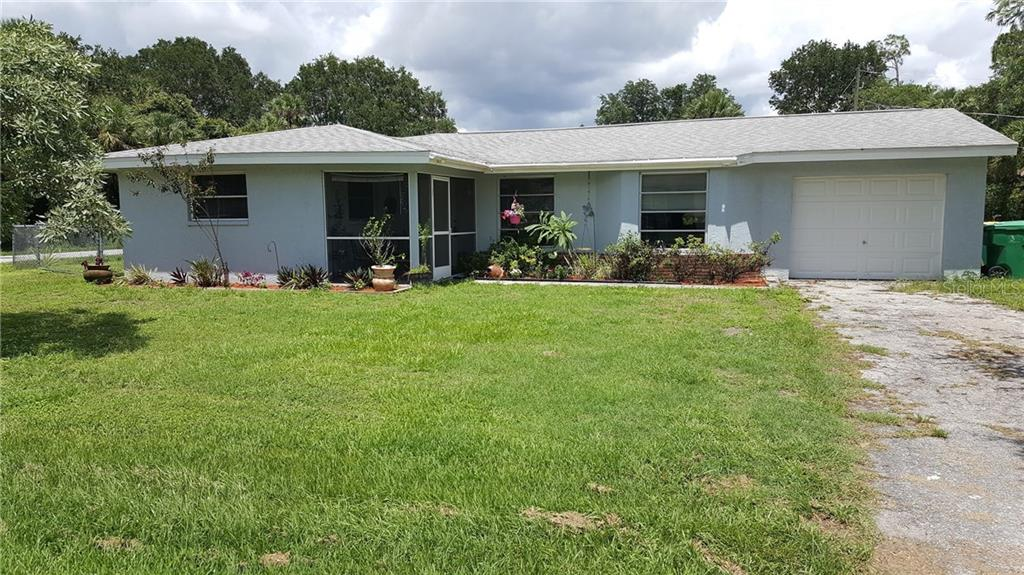 Single Family Home for sale at 1570 Scotten St, Port Charlotte, FL 33952 - MLS Number is D5918705