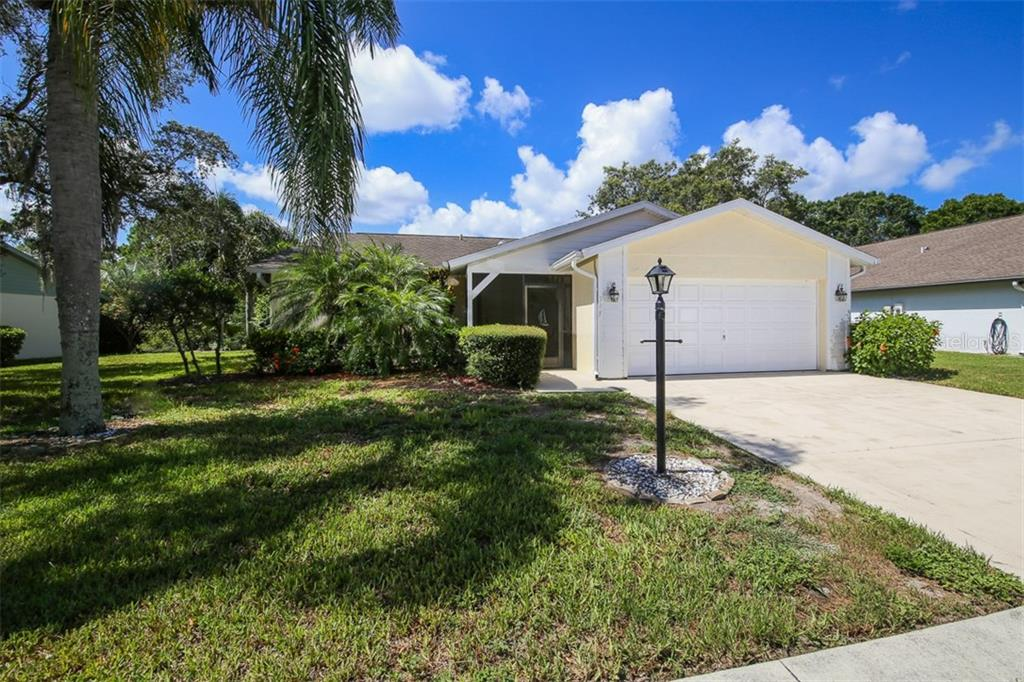 Front - Single Family Home for sale at 317 Indian River Ln, Englewood, FL 34223 - MLS Number is D5919375