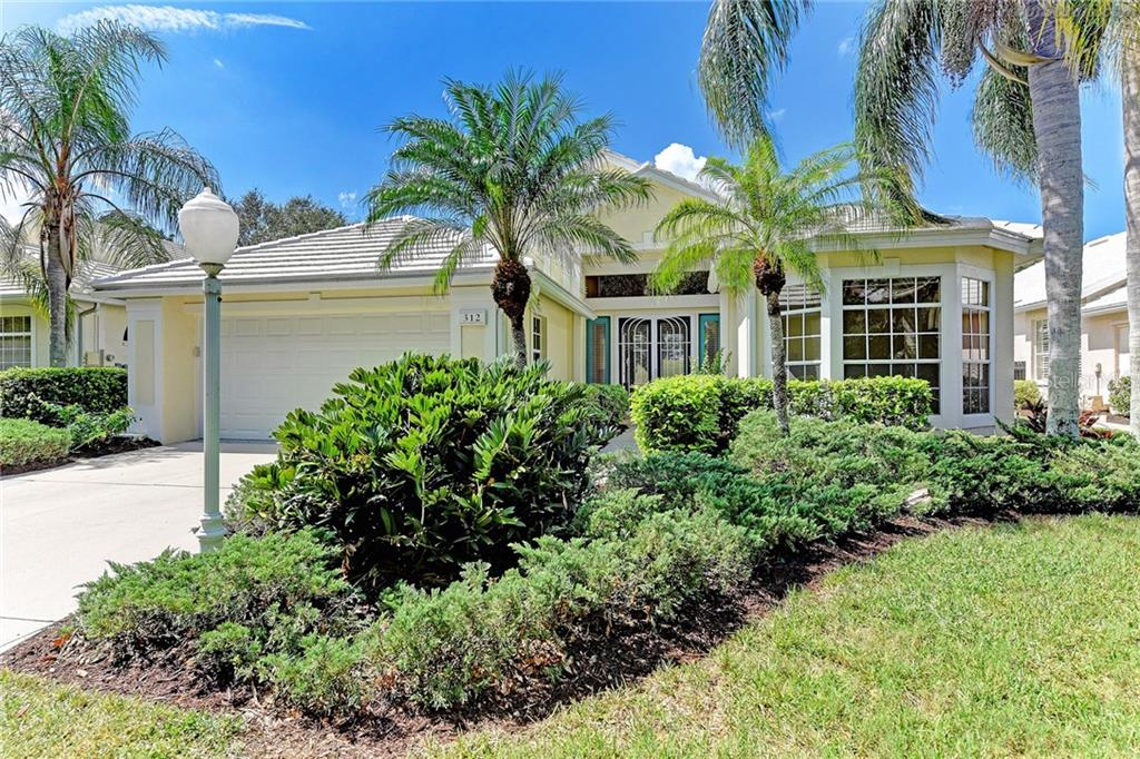 Single Family Home for sale at 312 Bermuda Ct #12, Venice, FL 34293 - MLS Number is D5920491