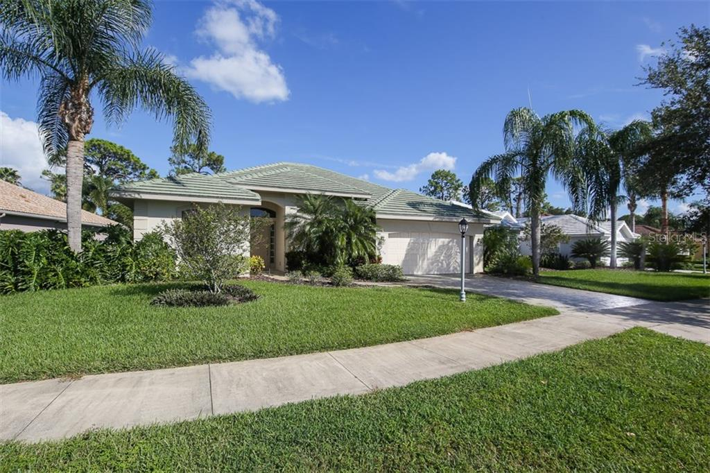 Single Family Home for sale at 2634 Royal Palm Dr, North Port, FL 34288 - MLS Number is D5920557