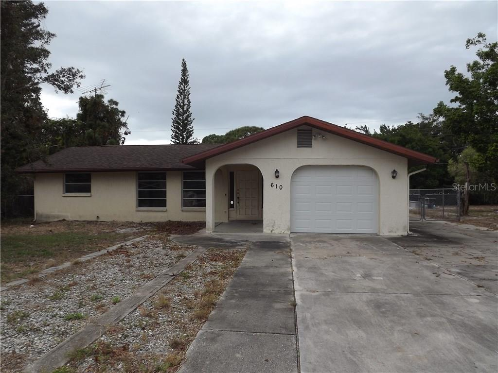Single Family Home for sale at 610 Michigan Ave, Englewood, FL 34223 - MLS Number is D5921185
