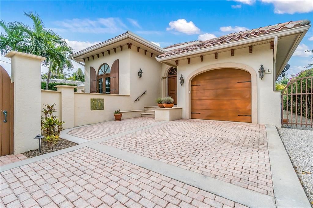 Single Family Home for sale at 801 Palm Ave, Boca Grande, FL 33921 - MLS Number is D5922399