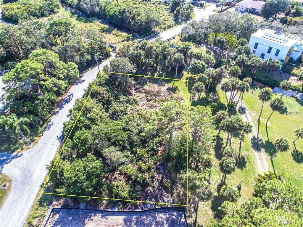 Pictures include both Lots for Sale - Vacant Land for sale at Heron Rd, Venice, FL 34293 - MLS Number is D5922937