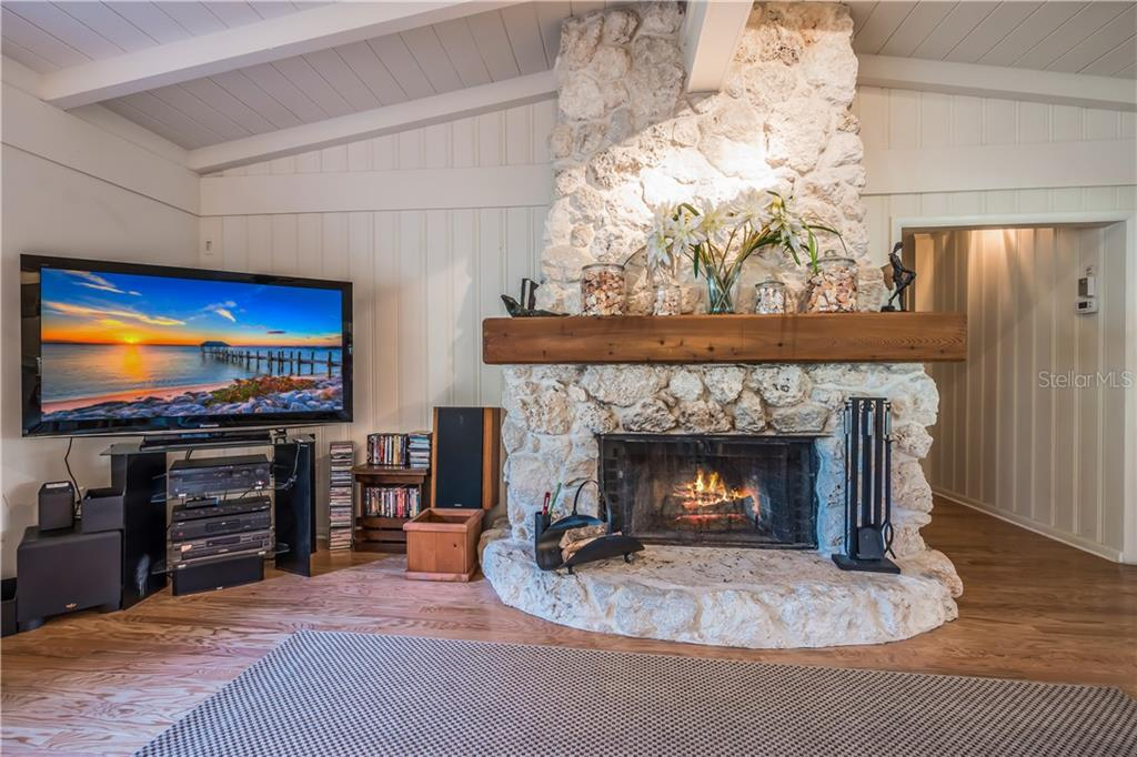 Coral Fireplace-wood burning - Single Family Home for sale at 101 N Gulf Blvd, Placida, FL 33946 - MLS Number is D6103476