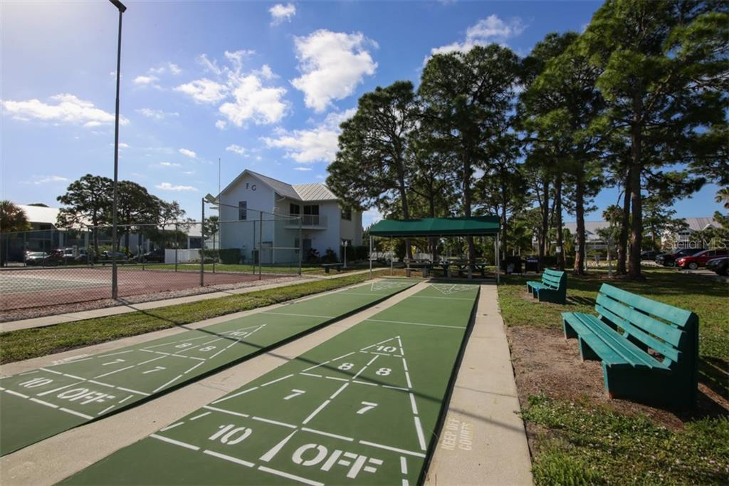 The community offers tennis, pickle ball, shuffle board, community pool, clubhouse with activity room, exercise room and on site manager. - Condo for sale at 6800 Placida Rd #271, Englewood, FL 34224 - MLS Number is D6106459
