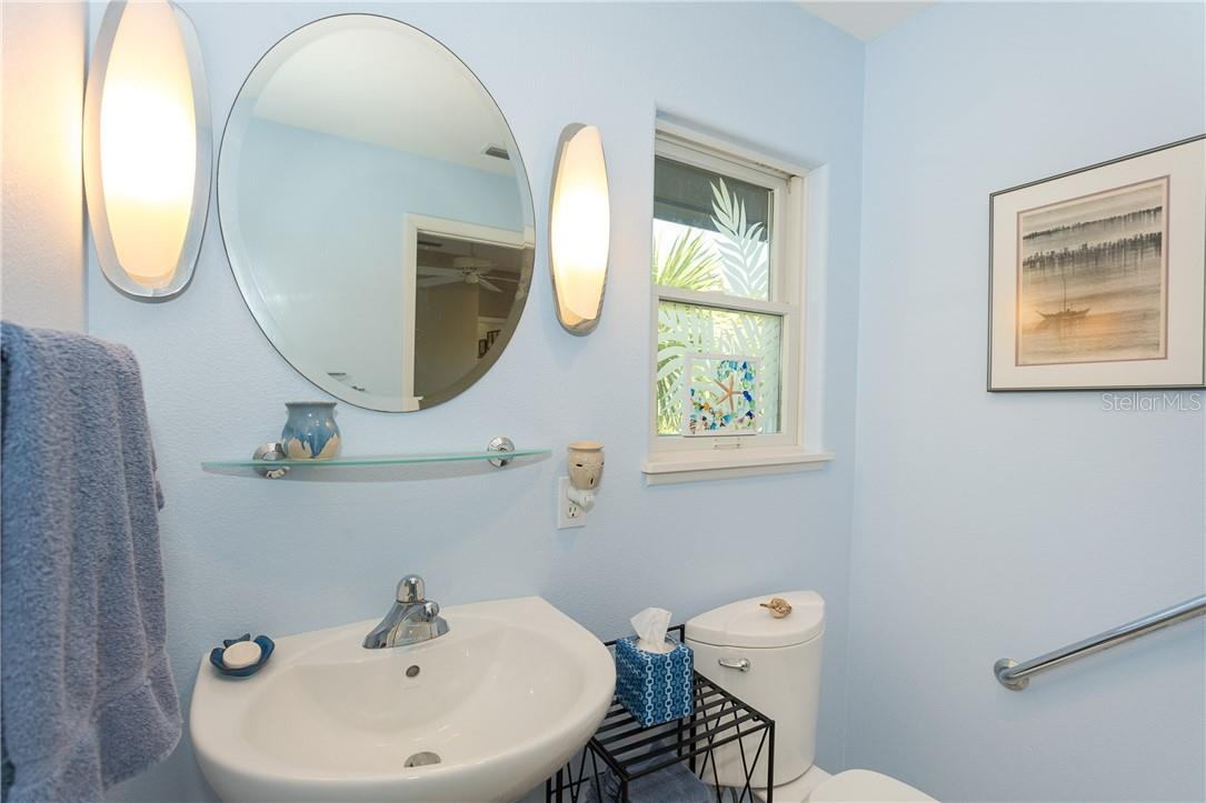 Guest Bathroom (other end). - Single Family Home for sale at 5 Pointe Way, Placida, FL 33946 - MLS Number is D6110468