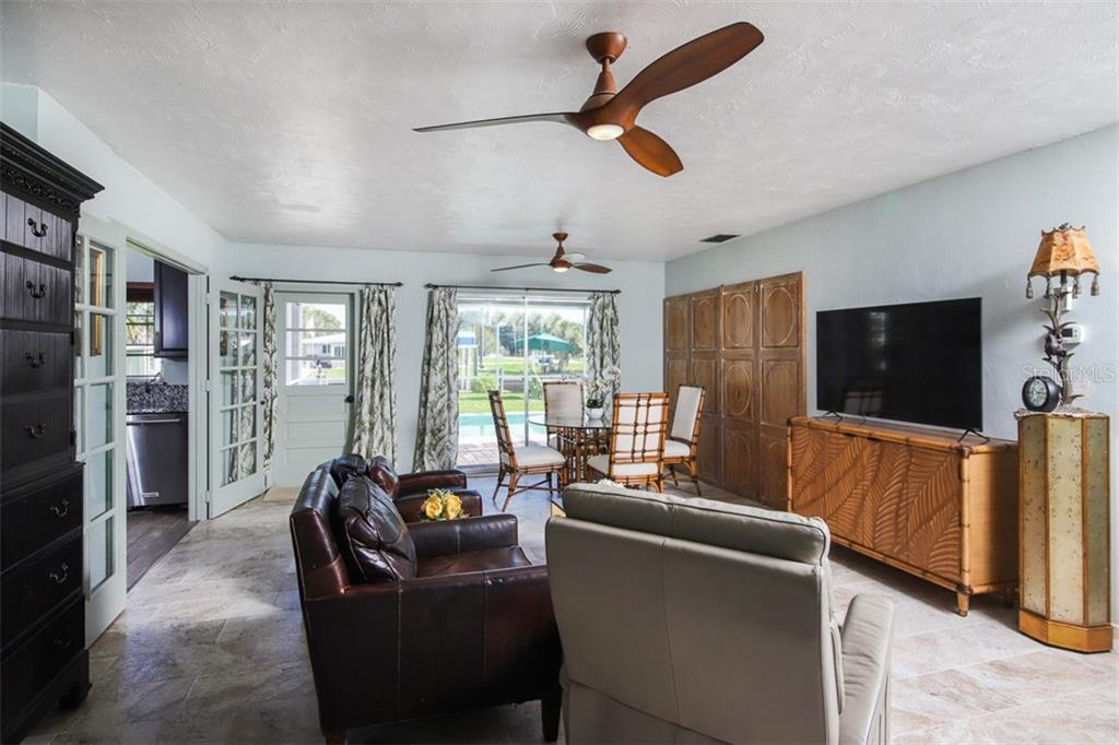 Plenty of kitchen storage space - Single Family Home for sale at 1030 E 2nd St, Englewood, FL 34223 - MLS Number is D6110643