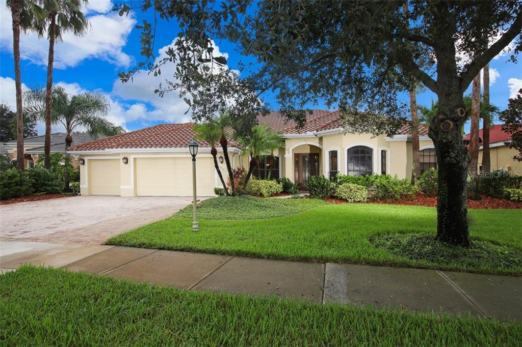 3416 Kentia Palm Ct