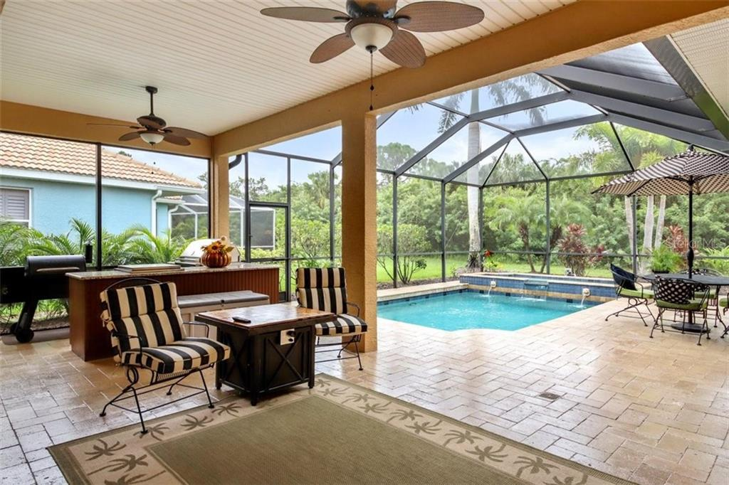 LARGE LANAI - Single Family Home for sale at 1944 Coconut Palm Cir, North Port, FL 34288 - MLS Number is D6114523