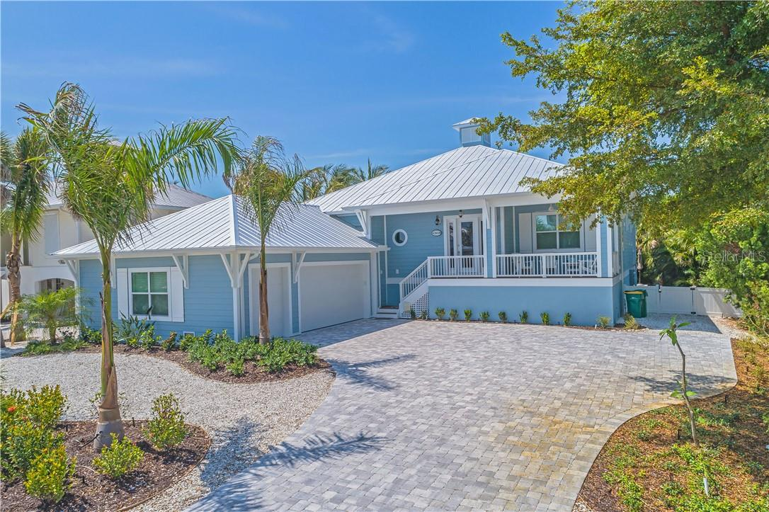 Single Family Home for sale at 261 Seabreeze Ct, Boca Grande, FL 33921 - MLS Number is D6116008