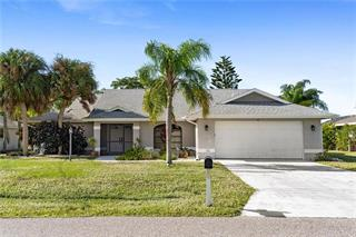 45 Pinehurst Ct, Rotonda West, FL 33947