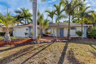 104 Broadmoor Ln, Rotonda West, FL 33947