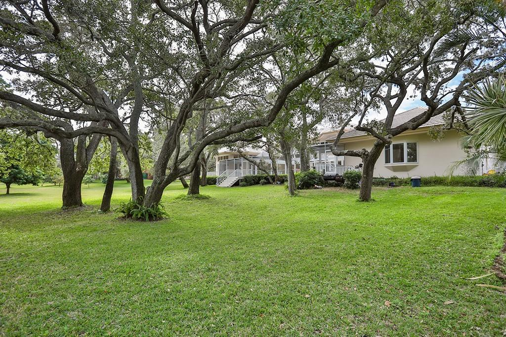Single Family Home for sale at 1619 Gasparilla Rd, Bradenton, FL 34209 - MLS Number is T2860311