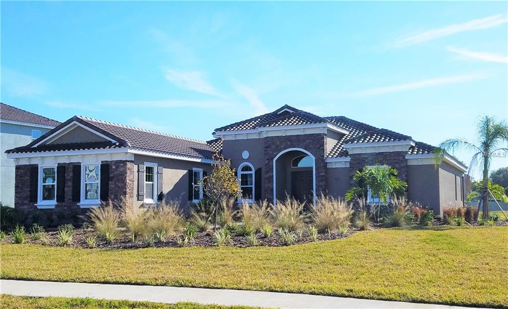 Single Family Home for sale at 4813 Vasca Dr, Sarasota, FL 34240 - MLS Number is T2868832