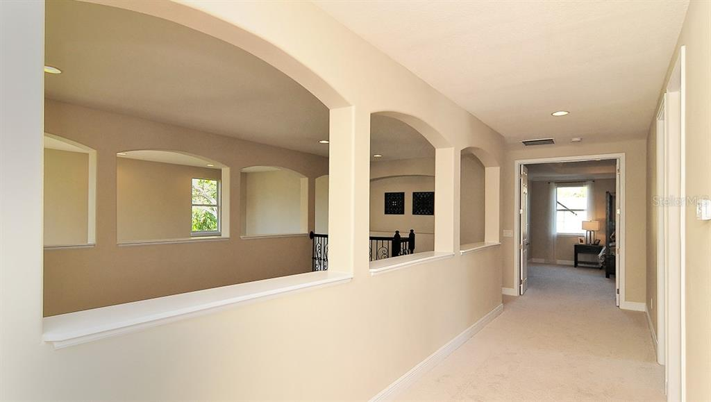 Single Family Home for sale at 7520 Ripetta St, Sarasota, FL 34240 - MLS Number is T3153278