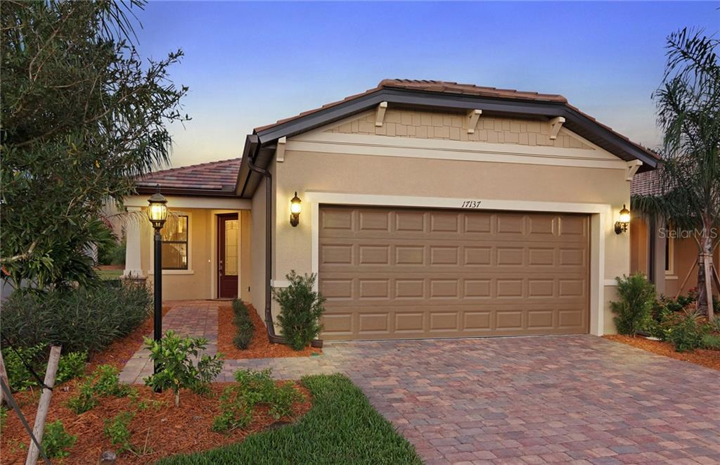 Single Family Home for sale at 17137 Kenton Terrace, Lakewood Ranch, FL 34202 - MLS Number is T3183381