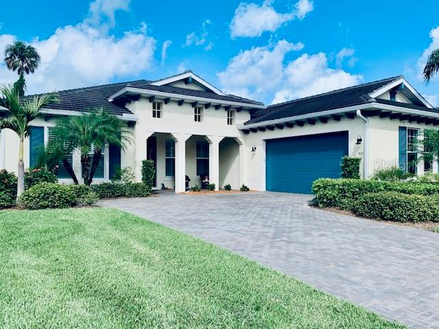 Single Family Home for sale at 925 Riverscape St, Bradenton, FL 34208 - MLS Number is S5041391