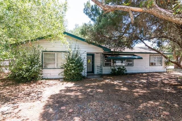 Single Family Home for sale at 407 S Tuttle Ave, Sarasota, FL 34237 - MLS Number is O5503723