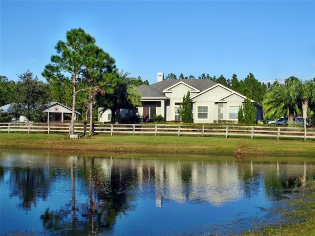 Single Family Home for sale at 6411 193rd St E, Bradenton, FL 34211 - MLS Number is U7837705