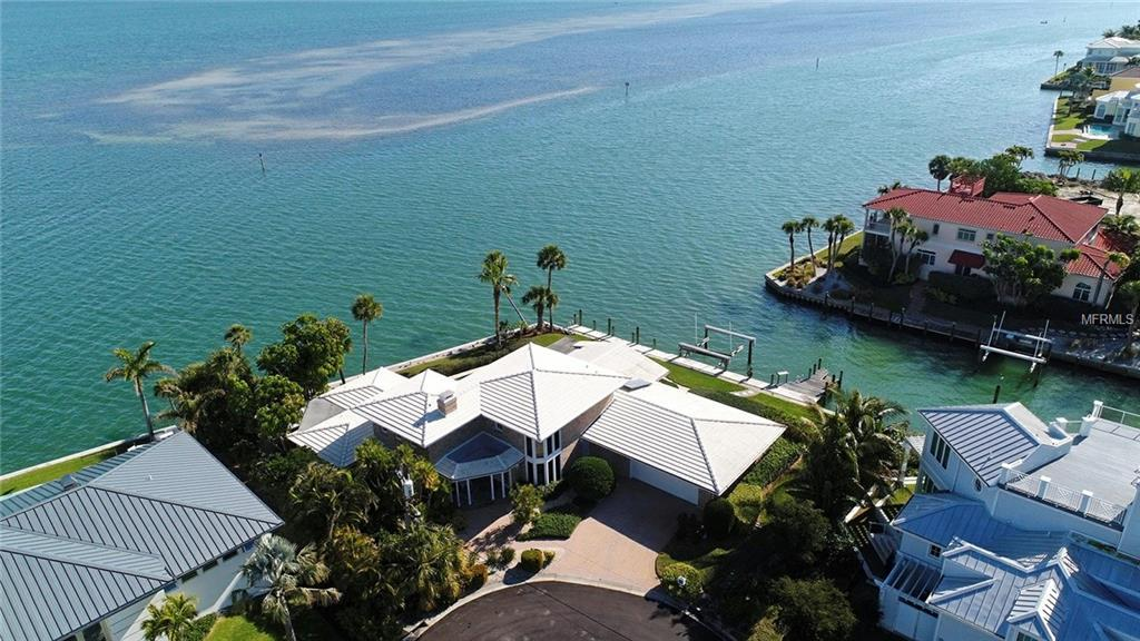 Single Family Home for sale at 584 Hornblower Ln, Longboat Key, FL 34228 - MLS Number is U7846465