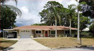 4722 Remington Dr, Sarasota, FL 34234