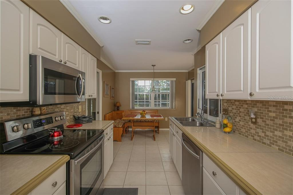 Newer stainless Samsung appliances make cooking a pleasure - Single Family Home for sale at 2332 Mauritania Rd, Punta Gorda, FL 33983 - MLS Number is C7234250