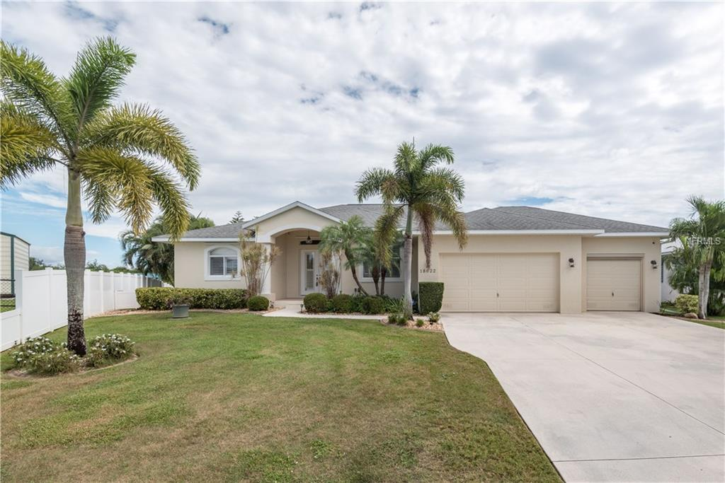 Single Family Home for sale at 18622 Kerrville Cir, Port Charlotte, FL 33948 - MLS Number is C7244566