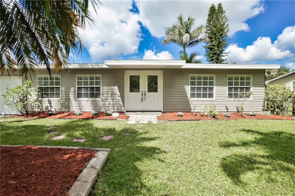 Front of Property - Single Family Home for sale at 3513 Areca St, Punta Gorda, FL 33950 - MLS Number is C7414620