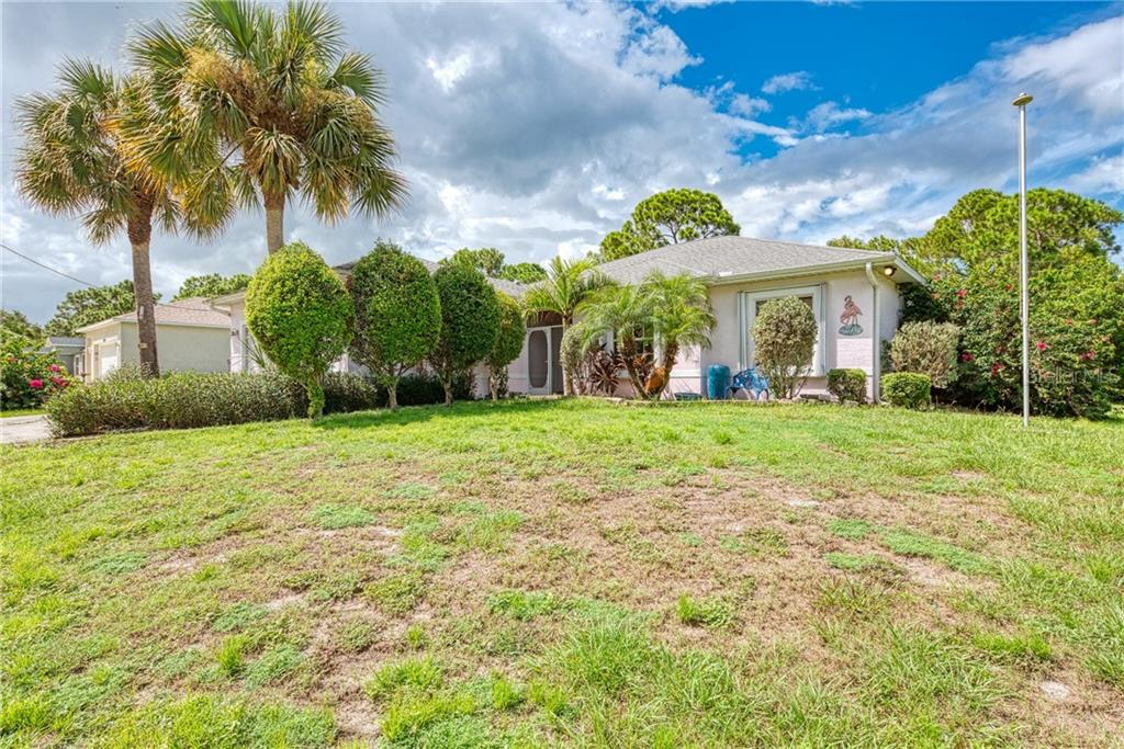 Gulfstream Seller Disclosure - Single Family Home for sale at 12262 Gulfstream Blvd, Port Charlotte, FL 33981 - MLS Number is C7433066