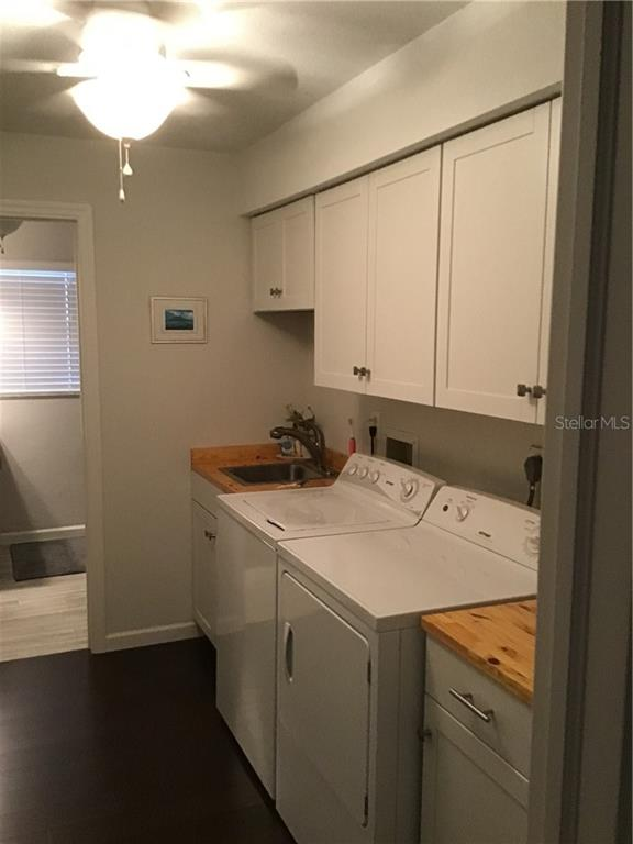 Laundry Room - Single Family Home for sale at 1302 Pinebrook Way, Venice, FL 34285 - MLS Number is C7435367