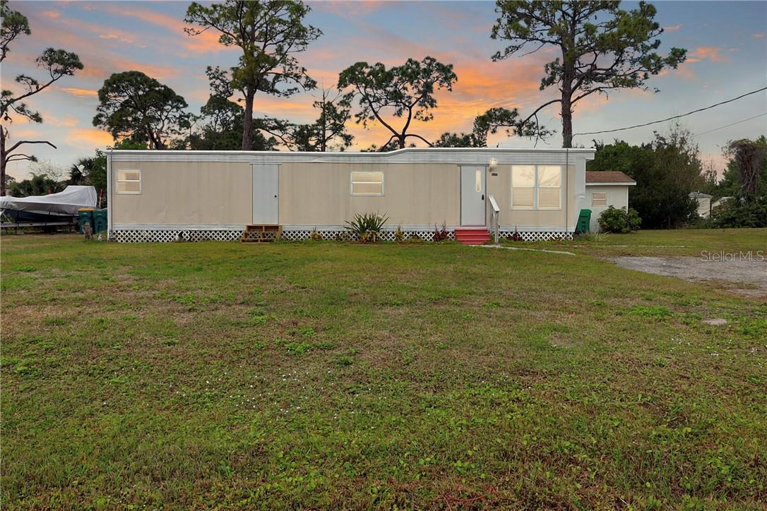 Single Family Home for sale at 15432 Mapletree Dr, Punta Gorda, FL 33955 - MLS Number is C7438867