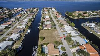 2280 Palm Tree Dr, Punta Gorda, FL 33950