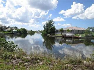 20 Nw 32nd Pl, Cape Coral, FL 33993