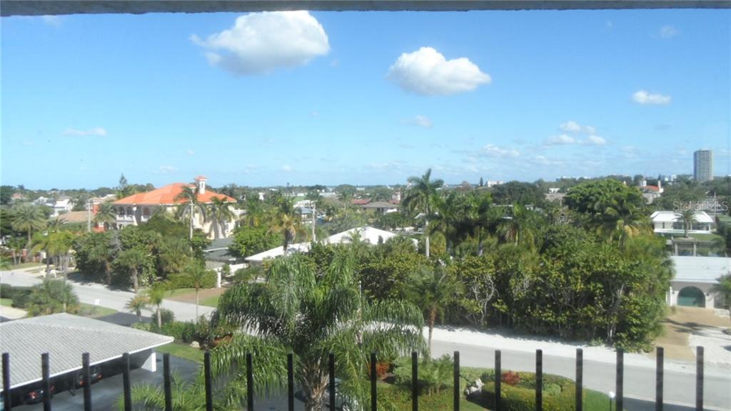 Condo for sale at 101 Benjamin Franklin Dr #54, Sarasota, FL 34236 - MLS Number is A4139247