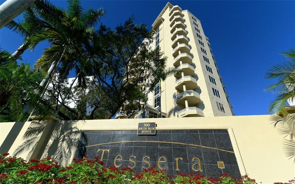 Building front exterior - Condo for sale at 500 S Palm Ave #41, Sarasota, FL 34236 - MLS Number is A4144835