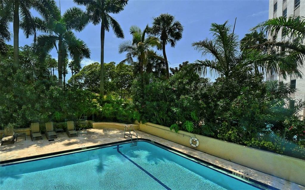 Swimming pool and sun deck - Condo for sale at 500 S Palm Ave #41, Sarasota, FL 34236 - MLS Number is A4144835