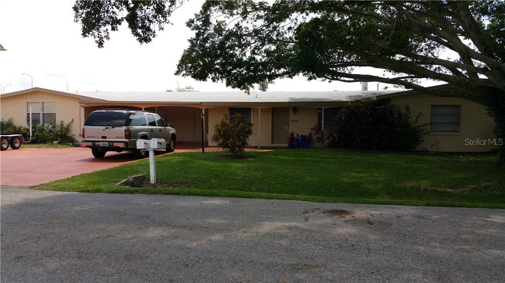 Single Family Home for sale at 6452 Hollywood Blvd, Sarasota, FL 34231 - MLS Number is A4157155
