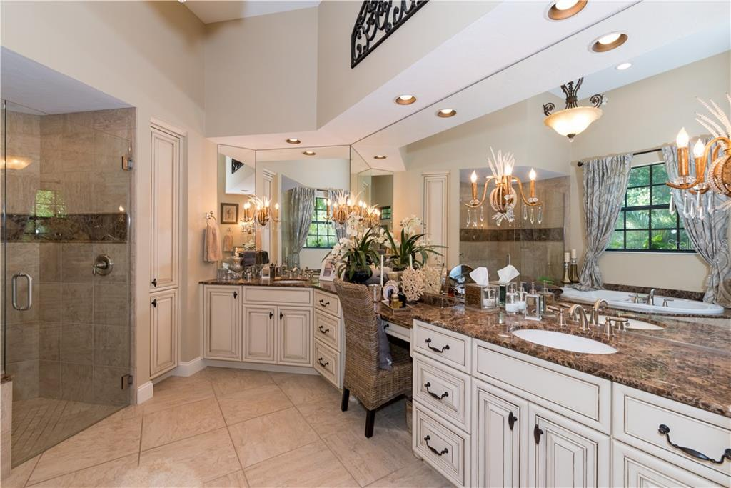 Master Bathroom - Single Family Home for sale at 1620 Assisi Dr #19, Sarasota, FL 34231 - MLS Number is A4163976
