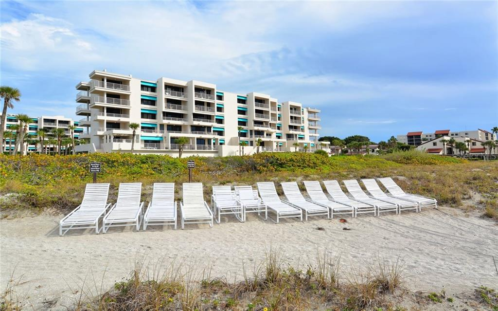 Condo for sale at 2105 Gulf Of Mexico Dr #3204, Longboat Key, FL 34228 - MLS Number is A4172301