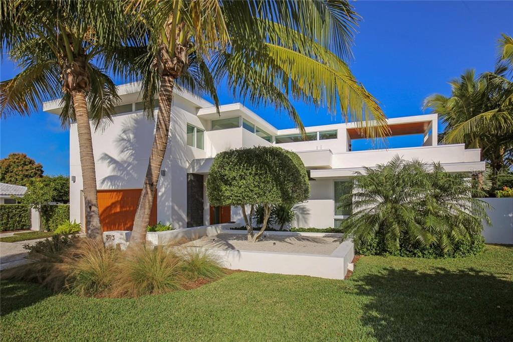 Contemporary waterfront oasis - stunning architectural design by Seibert Architects & Johnathan Parks. - Single Family Home for sale at 593 Rountree Dr, Longboat Key, FL 34228 - MLS Number is A4172941