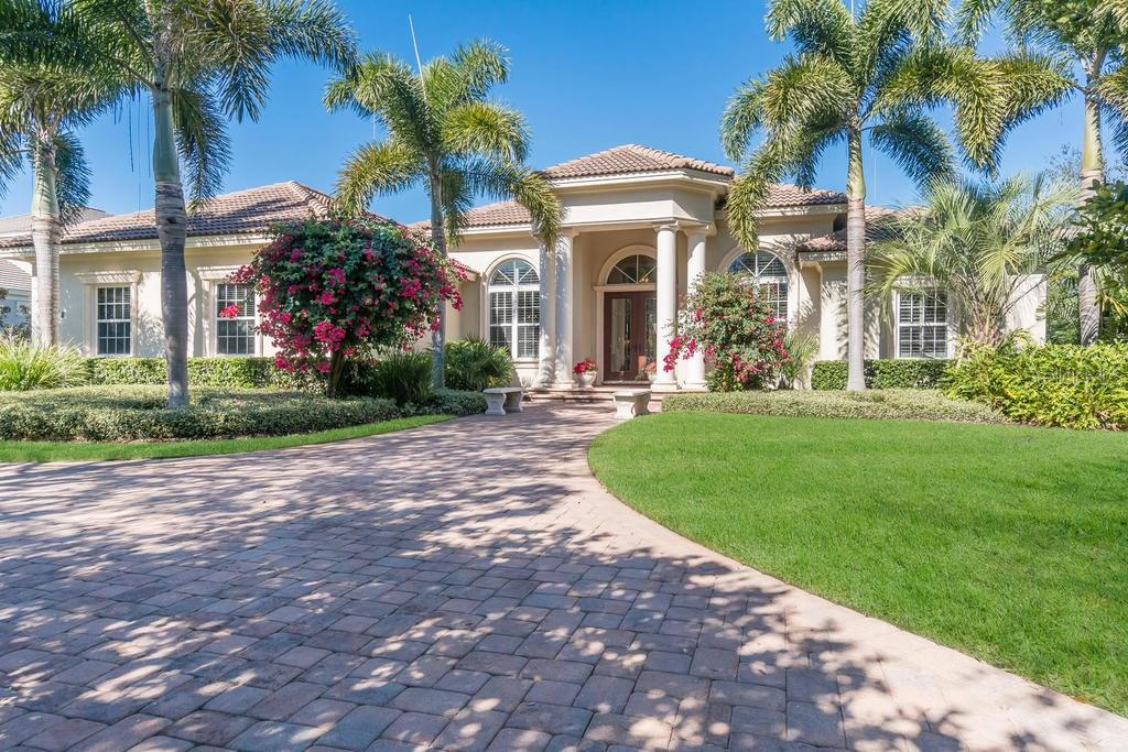 Single Family Home for sale at 4008 Founders Club Dr, Sarasota, FL 34240 - MLS Number is A4174869