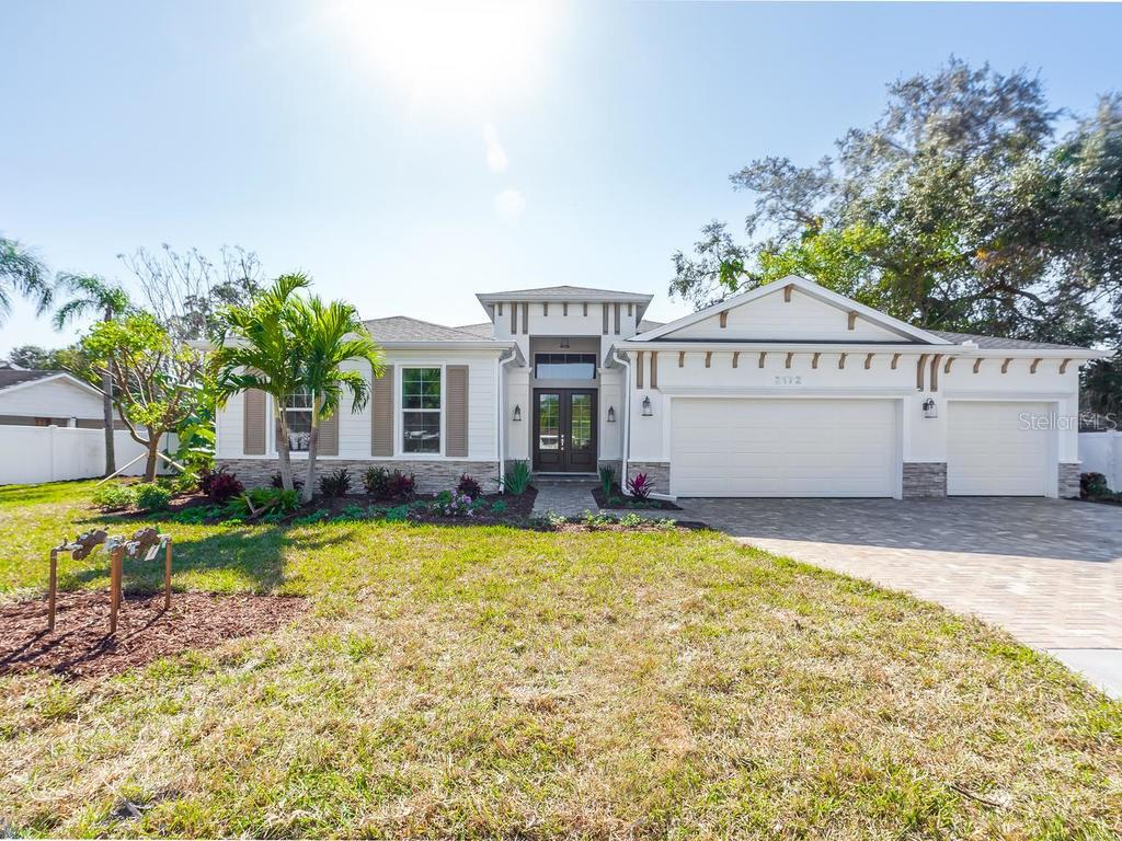 Single Family for Sale at 2172 Hillview St Sarasota, Florida 34239 United States