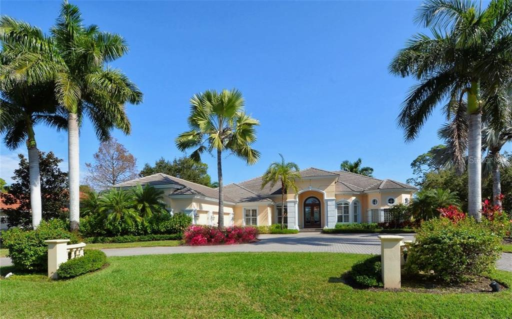Single Family Home for Sale at 530 N Mac Ewen Dr Osprey, Florida,34229 United States