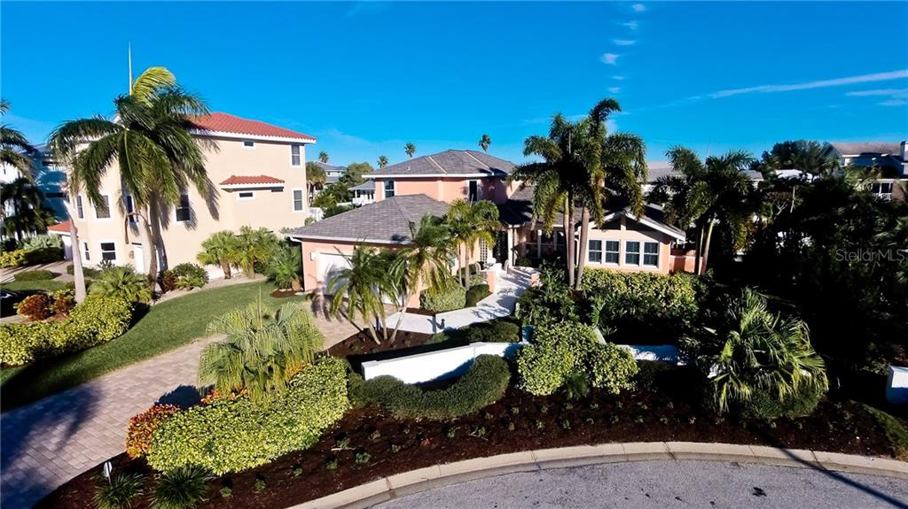 Single Family Home for sale at 722 Key Royale Dr, Holmes Beach, FL 34217 - MLS Number is A4176240