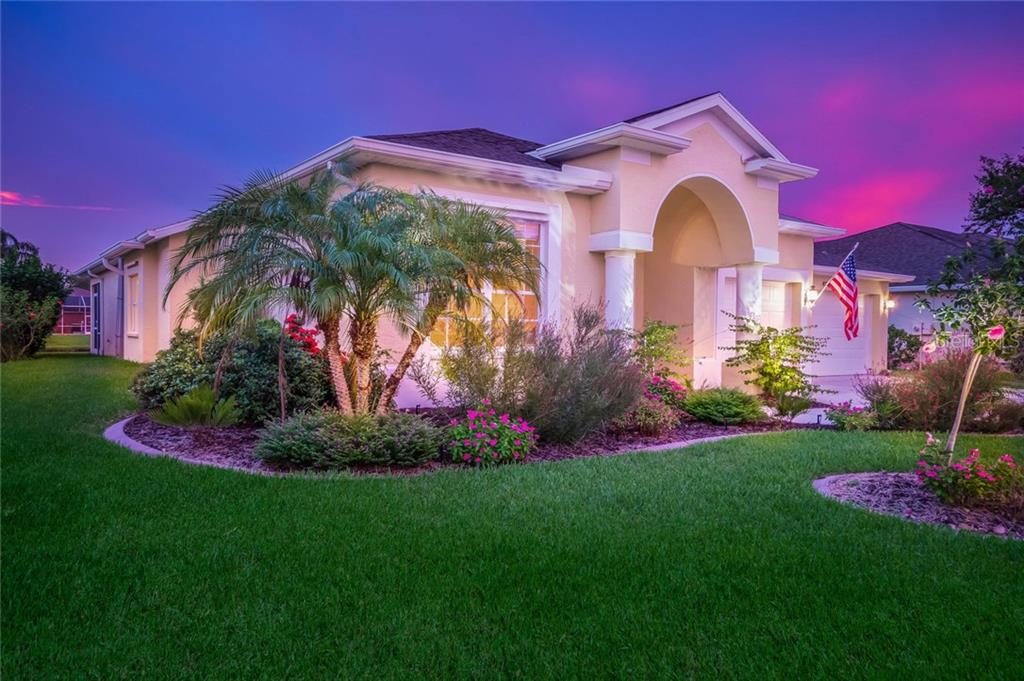 Single Family Home for sale at 4937 Bookelia Cir, Bradenton, FL 34203 - MLS Number is A4179329