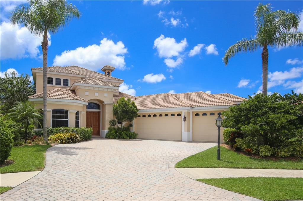 Single Family Home for sale at 7671 Trillium Blvd, Sarasota, FL 34241 - MLS Number is A4179546