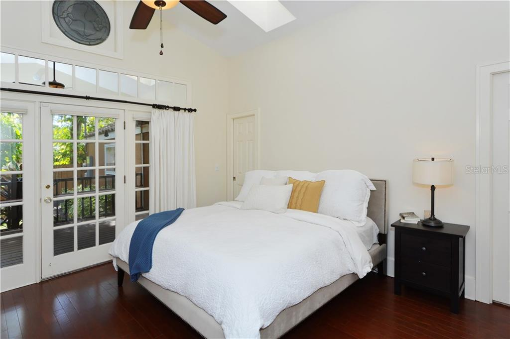 Master Bedroom - Single Family Home for sale at 1896 Hibiscus St, Sarasota, FL 34239 - MLS Number is A4180775